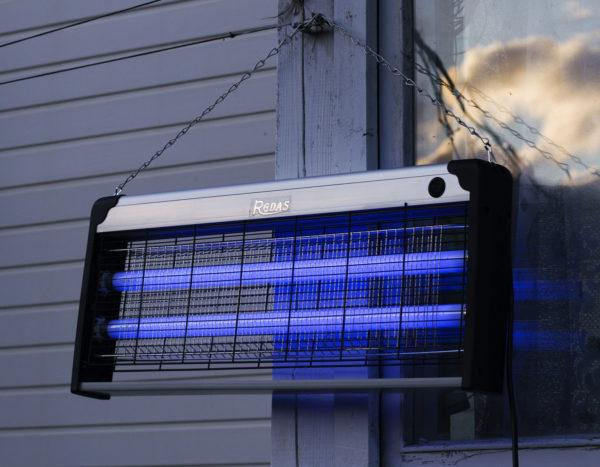 Антимоскитная-лампа-ловушка-для-комаров-и-насекомых-Nuobi-RGDAS