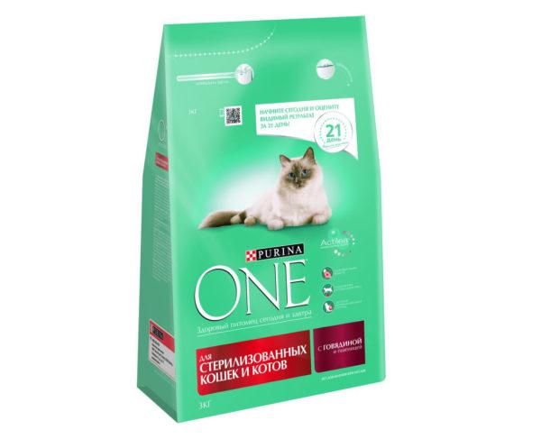 Purina-ONE-для-стерилизованных-кошек-и-котов-с-говядиной-и-пшеницей