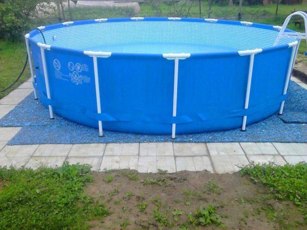 Основание для бассейна