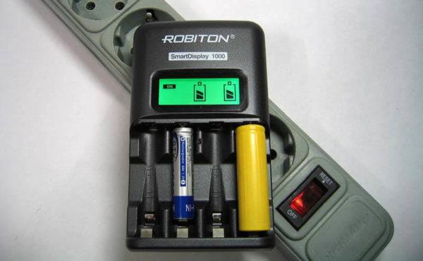 Robiton-Smart-Display-1000-LCD
